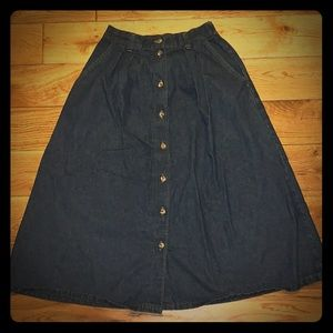 American Profile Jeanswear button down denim skirt